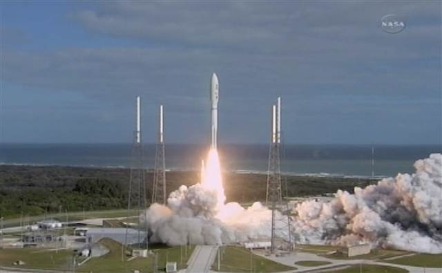 111126-nasa_launch-704p