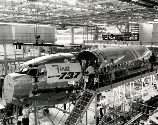 Boeing-plant-2_gree_20100914051215_640_480
