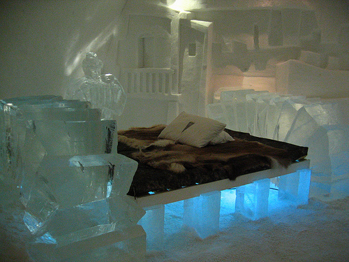 Ice-suite-302--ice-hotel---sweden-charley1965160-l