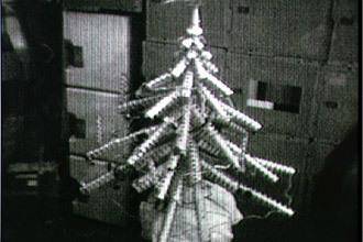 Skylab-christmas-tree-cans
