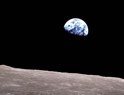 Apollo8_earth_sm