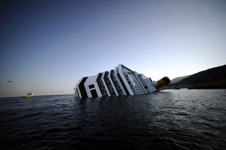 Costa_concordia_shipwreck_italy_texas_fort_worth_lawyer_attorney_injury_wrongful_death_insurance_negligence
