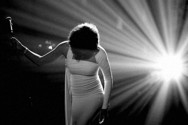 Whitney-houston-dies-at-48-0