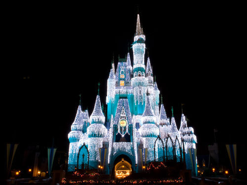 Cinderella_s_castle_with_-walt_disney_world-20000000000067597-500x375