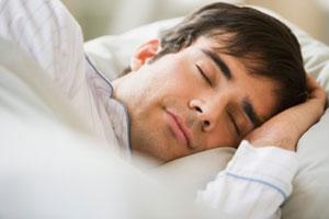 11111111111111111man-sleep-good-how-much-300x200