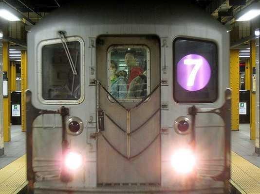 Subway-7-train-2